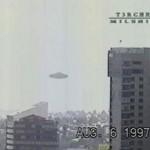 白昼堂々ビデオに撮影された「メキシコシティに出現したUFO」
