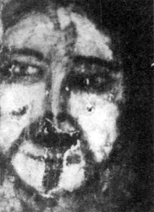 最初に現れたベルメスの顔